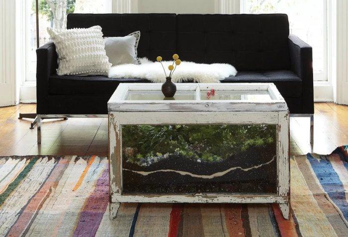 Оригинальный журнальный столик-аквариум, который можно сделать своими руками.