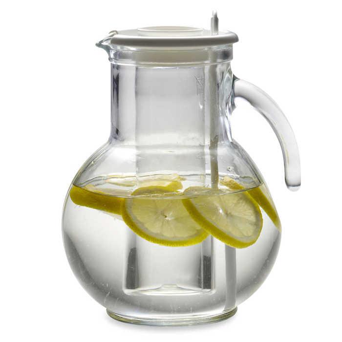Благодаря наличию отдельного отсека для льда вы сможете охлаждать напитки, не разбавляя их.