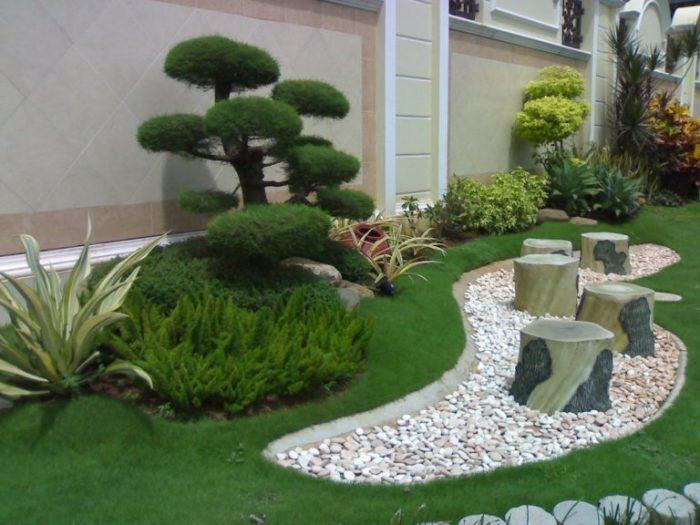 Восточный стиль ландшафтного дизайна лучше всего подходит для оформления небольшой территории.