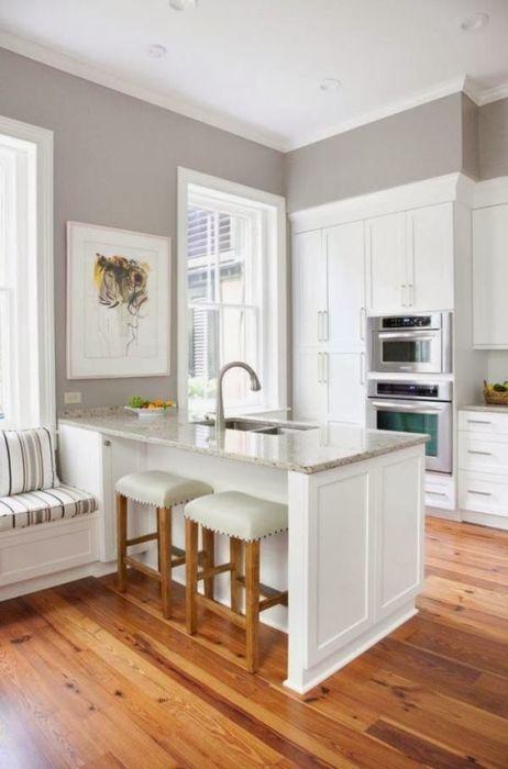 Объединев, как мы выражаемся, гостиную с кухней можно токже получить много, как большая часть из нас постоянно говорит, доп места.
