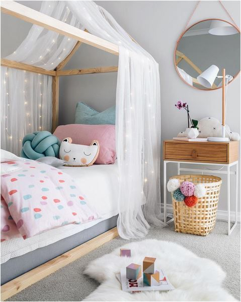 Детская комната, которая создаёт хорошее настроение, способствует крепкому сну и продуктивной мыслительной деятельности.