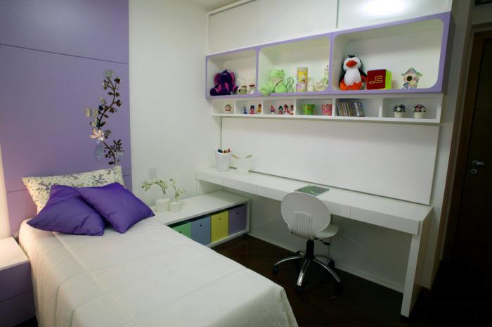 Модульная мебель для маленькой детской комнаты должна быть надежной, многофункциональной и легко трансформироваться.