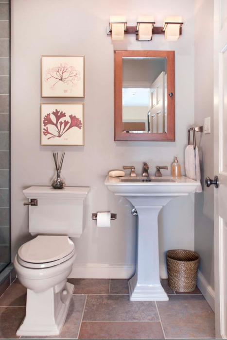 Аксессуары в ванной комнате - важный элемент, который может задать тон всему помещению.