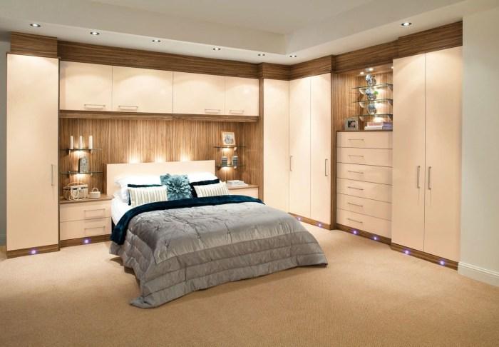 Модульная стенка с антресолью в спальной комнате - последний писк интерьерной моды.