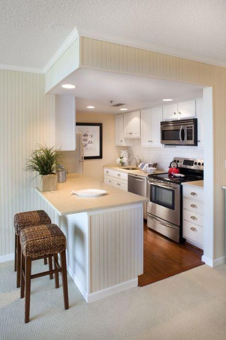 Пластмассовые панели посодействуют быстро и отменно скрыть все недочеты стенок и как бы станут хорошим, как всем известно, отделочным материалом для кухни.