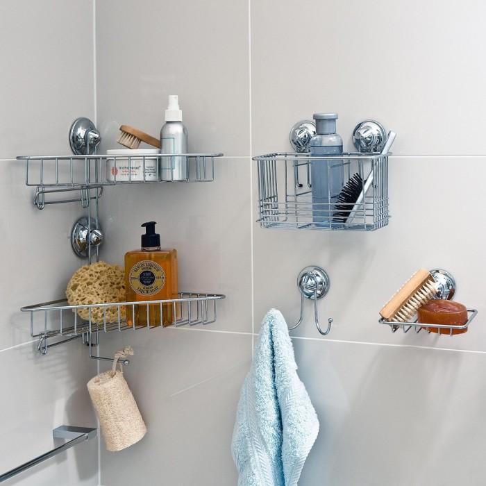 Металлические корзины для хранения небольших банных принадлежностей сделают ванную комнату стильной и неповторимой.