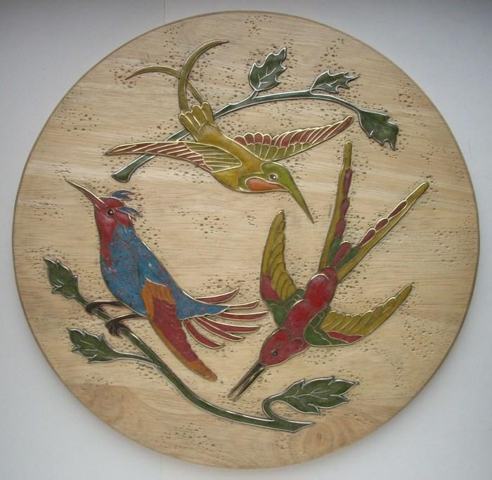 Декоративное панно с птицами из дерева.