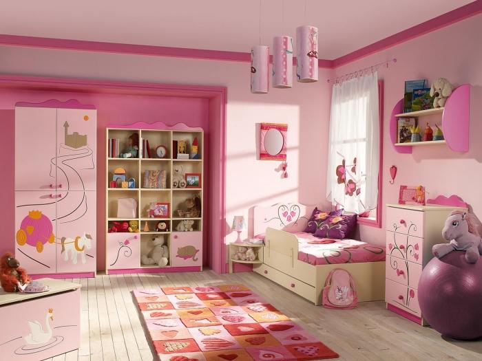 Интерьер детской комнаты, в которой по-настоящему создана незабываемая и сказочная атмосфера.
