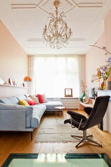 Для малогабаритной квартиры цветовая гамма, играет немаловажную роль.