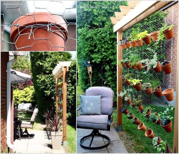 Вертикальное озеленение улучшает внешний вид стены, пряча имеющиеся недостатки в ландшафтном дизайне.