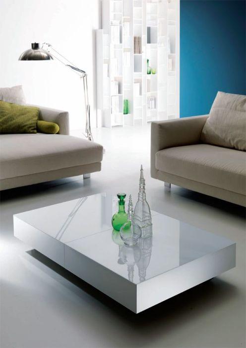 Журнальный столик-трансформер, который в любой момент можно увеличить до нужных размеров.