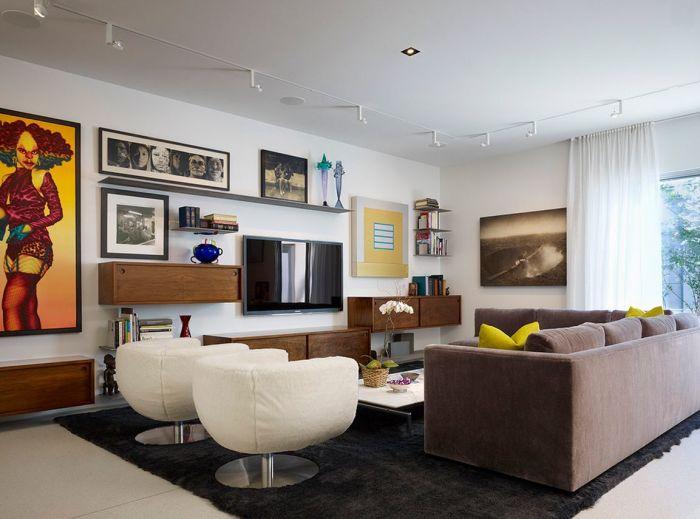 Великолепные примеры, как можно оживить зону для просмотра телевизора.