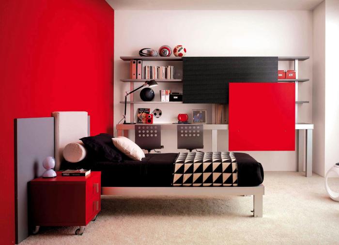 При оформлении современного интерьера детской комнаты можно использовать любые цвета, но 2017 год предлагает сделать ставку на красный цвет или его оттенки.