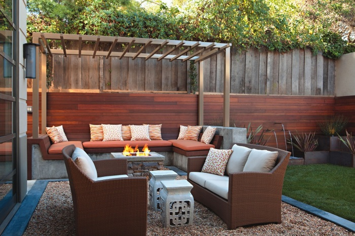 Каждый сантиметр придомовой территории или садового участка должен быть продуман до мелочей.