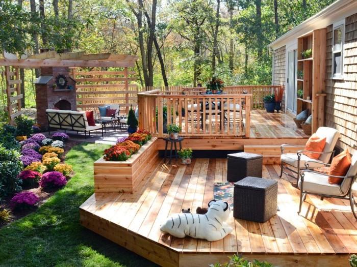 Терраса с камином может стать самым ярким и великолепным местом в вашем доме.