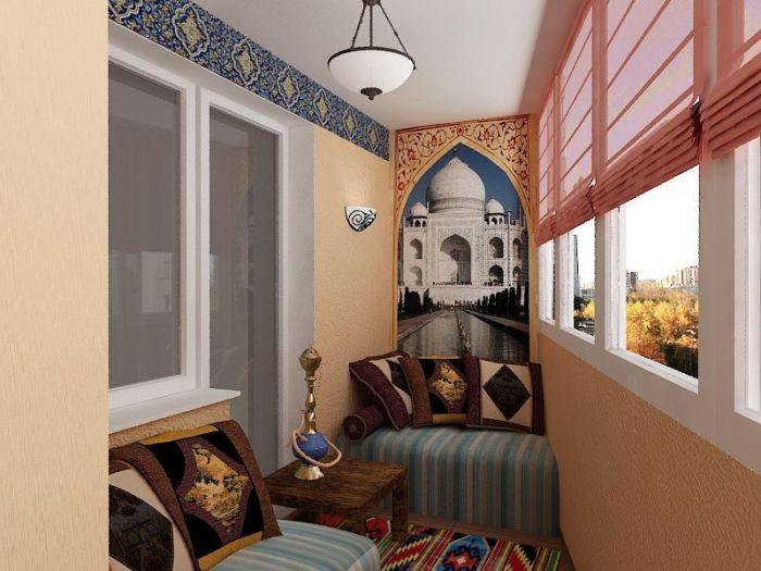 Интерьер лоджии в индийском стиле с панном Тадж-Махала.