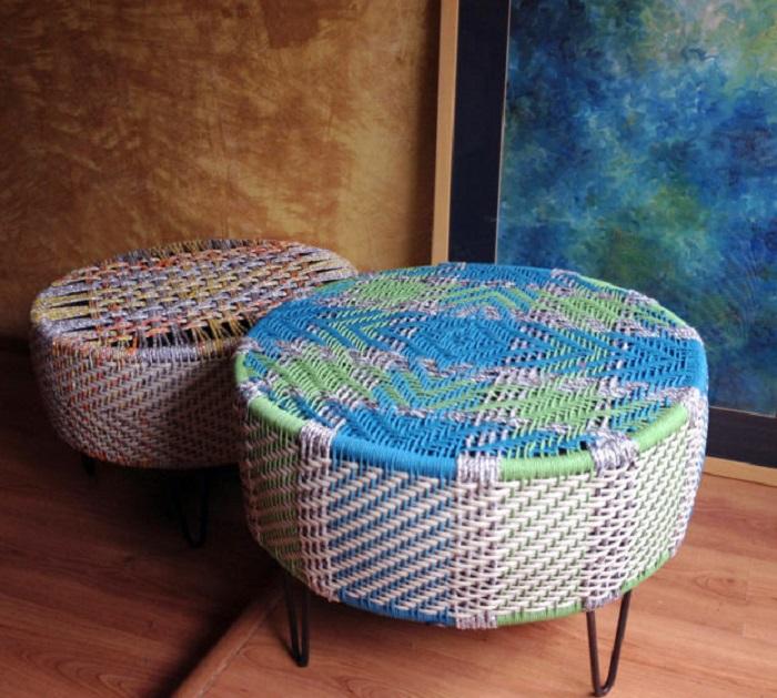 Старые автомобильные покрышки - прекрасный материал для создания самых разных стульев и кресел.