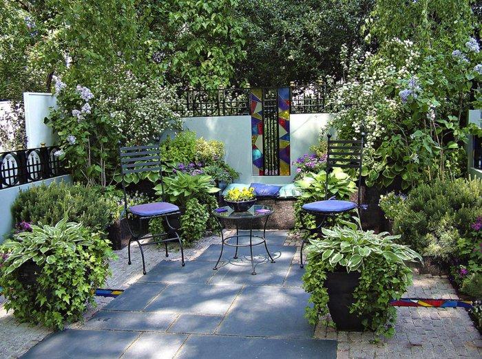 Садовая мебель в ландшафтном дизайне.