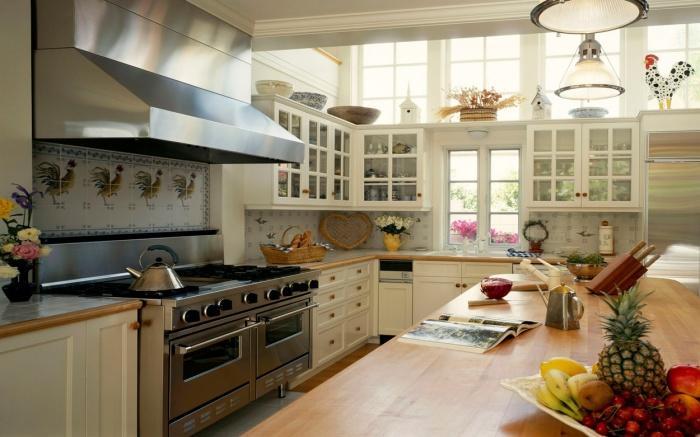 Нежный и уютный интерьер кухонного пространства
