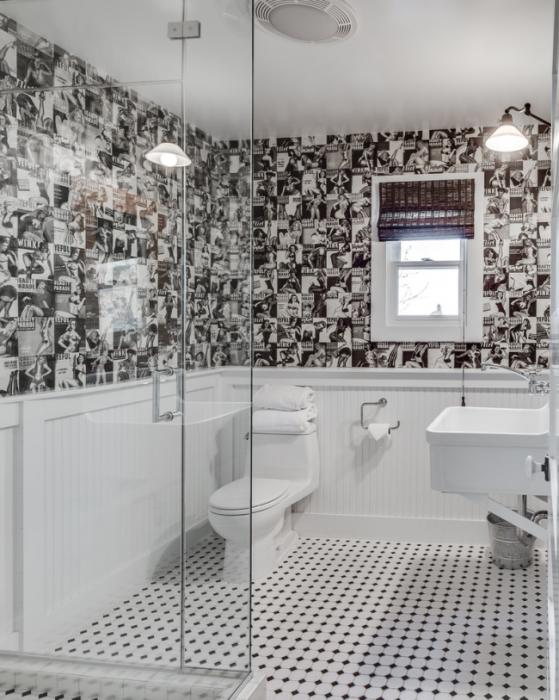Стильный интерьер ванной комнаты с чёрно-белыми контрастными оттенками.