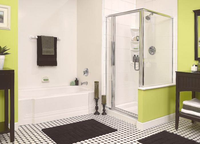 Оригинальная душевая кабинка, которая идеально вписывается в интерьер ванной комнаты.