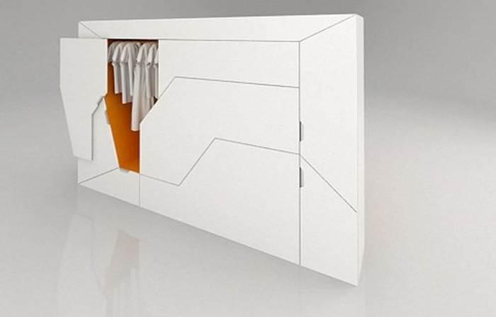 Дизайнер из Латвии Роландс Ландсбергс придумал эту невероятно компактный предмет мебели, в котором есть всё, что необходимо для жизни.