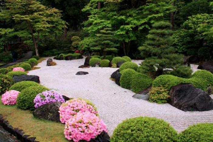 Садовый участок в котором можно по-настоящему расслабится и почувствовать себя свободно.