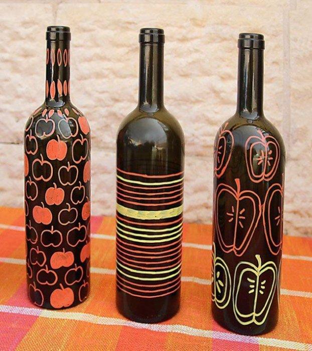 Роспись бутылки акриловыми краскам.
