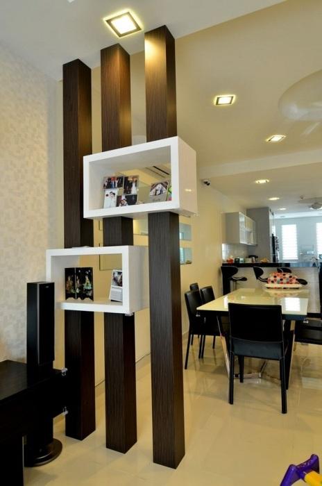 Перегородки из деревянных брусков в малогабаритных квартирах нельзя назвать редким явлением, однако, сравнительно недавно их использование считалось признаком профессионального декорировании интерьера.