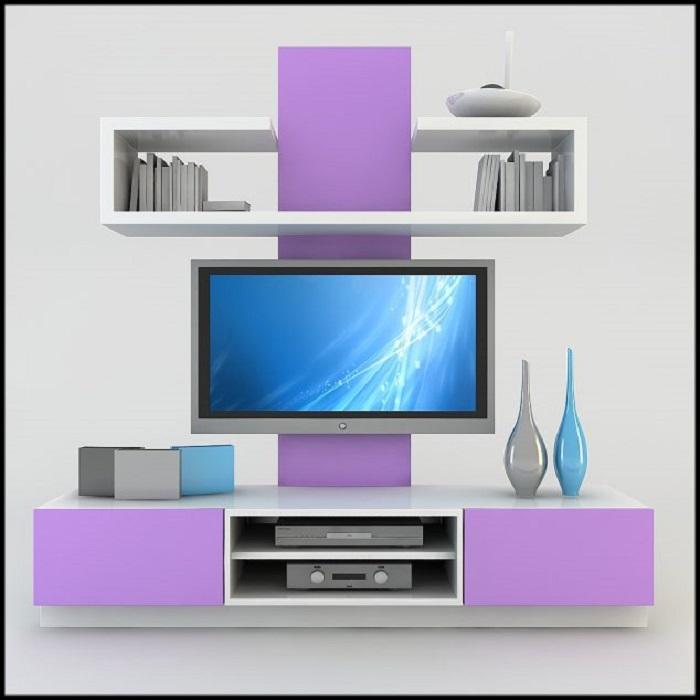 Модульная мебель в светлых и фиолетовых тонах станет отличным решением для гостиной комнаты.