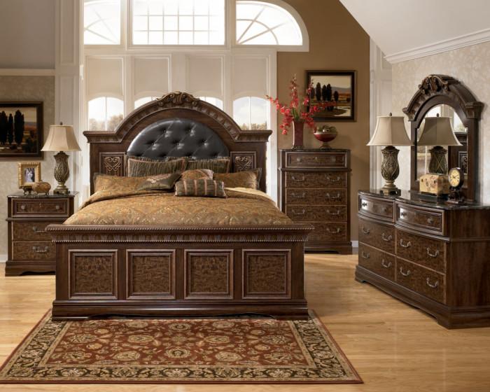 Мебель из натуральной древесины для спальной комнаты в стиле кантри