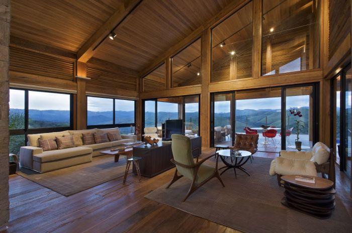 Просторная гостиная комната с отличным дизайном мебели.