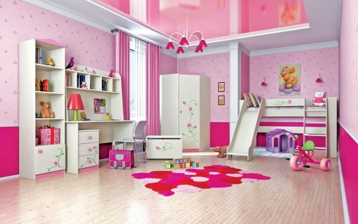 Детская комната для девочек с необычным и ярким интерьером.
