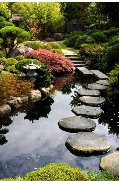Великолепный сад в котором чувствуешь жизнь в каждом вздохе.