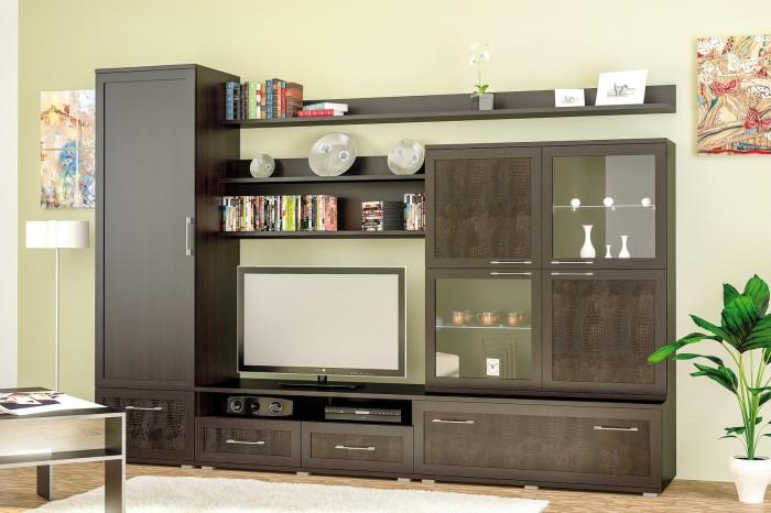 Гостиная комната с отличным дизайном мебели.