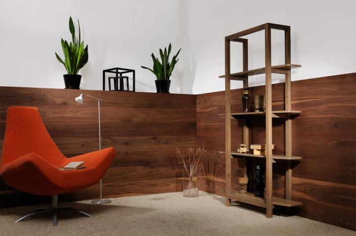 В качестве контраста возможно использование тёмных пород древесины.