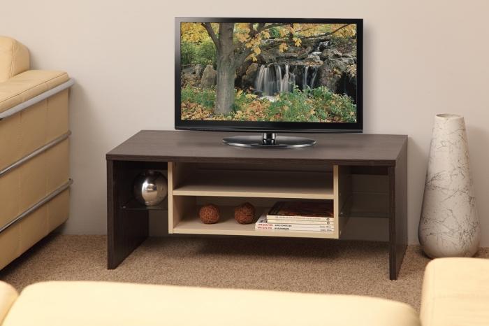 Необычная и стильная тумба под телевизор для гостиной комнаты.