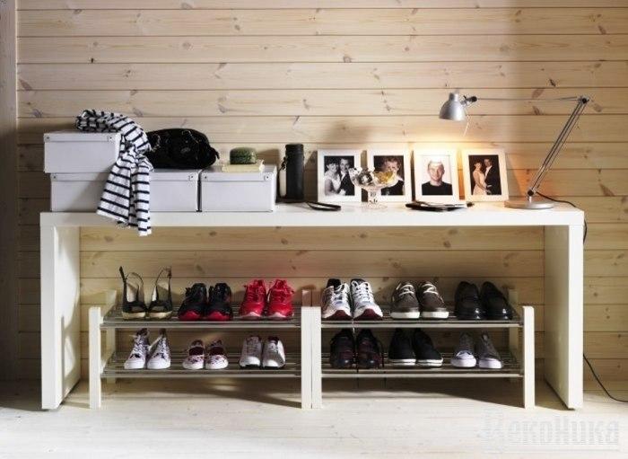 Прихожую поможет украсить деревянная полка для обуви, которую несложно сделать своими руками.