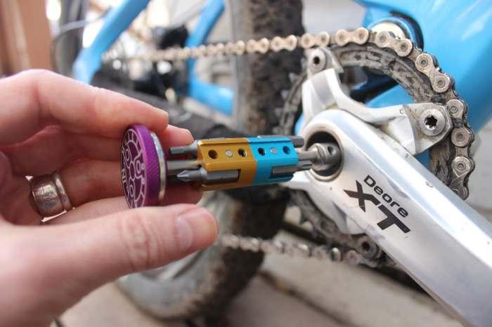 Невероятный инструмент для велосипедистов.