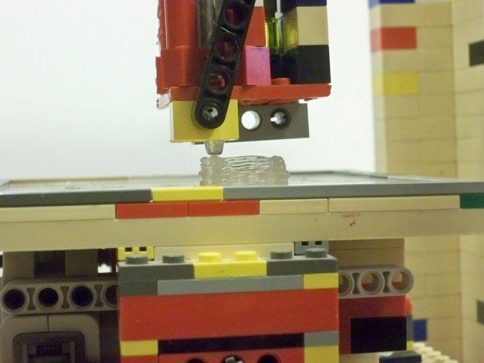 Трехмерный лего принтер.