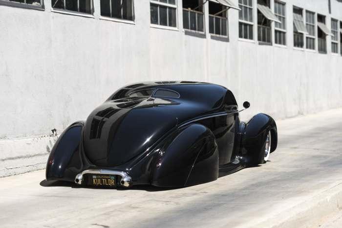 Отличный автомобиль.