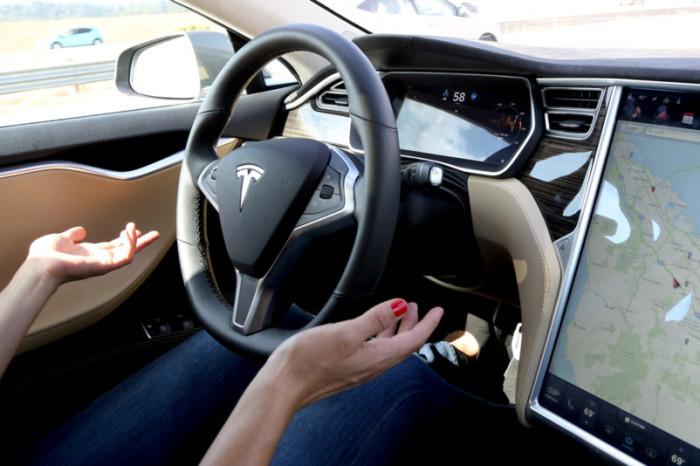 Автопилот Тесла станет еще лучше.