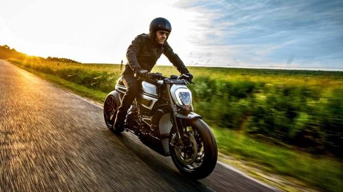 Невероятный мотоцикл.