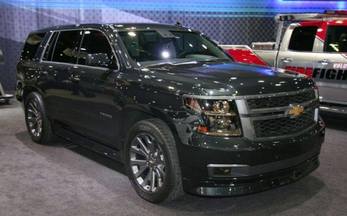 Chevrolet Tahoe - просторный и надёжный семейный автомобиль.