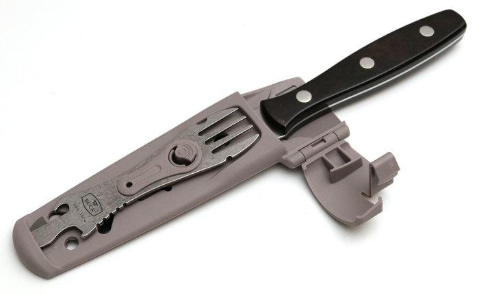 Удобный чехол для ножа и вилки.