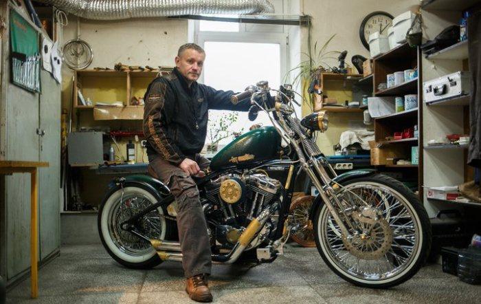 Народный умелец переделал мотоцикл в стиле стимпанк.