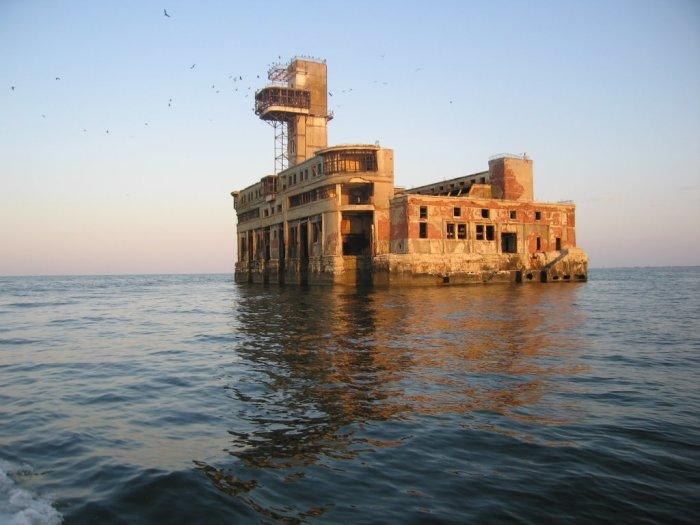 Это не форт Бояр, это, некогда, супер секретный цех.