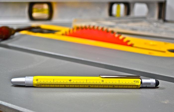 Отличная ручка для инженера.