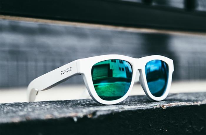 Супер модные очки-наушники.