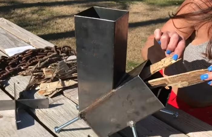 Народный мастер: барышня с фермы соорудила портативную плитку из подручных средств
